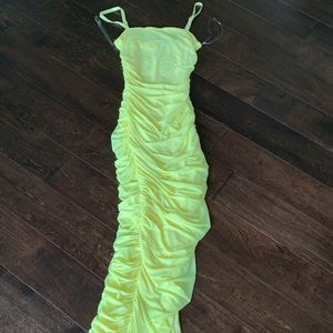 Dresses & Skirts - Yellow ruched dress